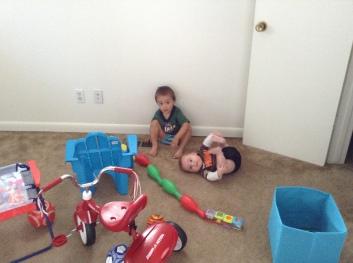 Carter build a choo choo for Sammie